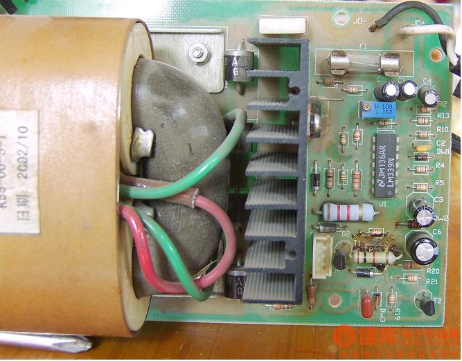 关于千鹤电动车充电器