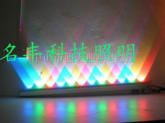 供应大功率单排双排LED七彩LED洗墙灯
